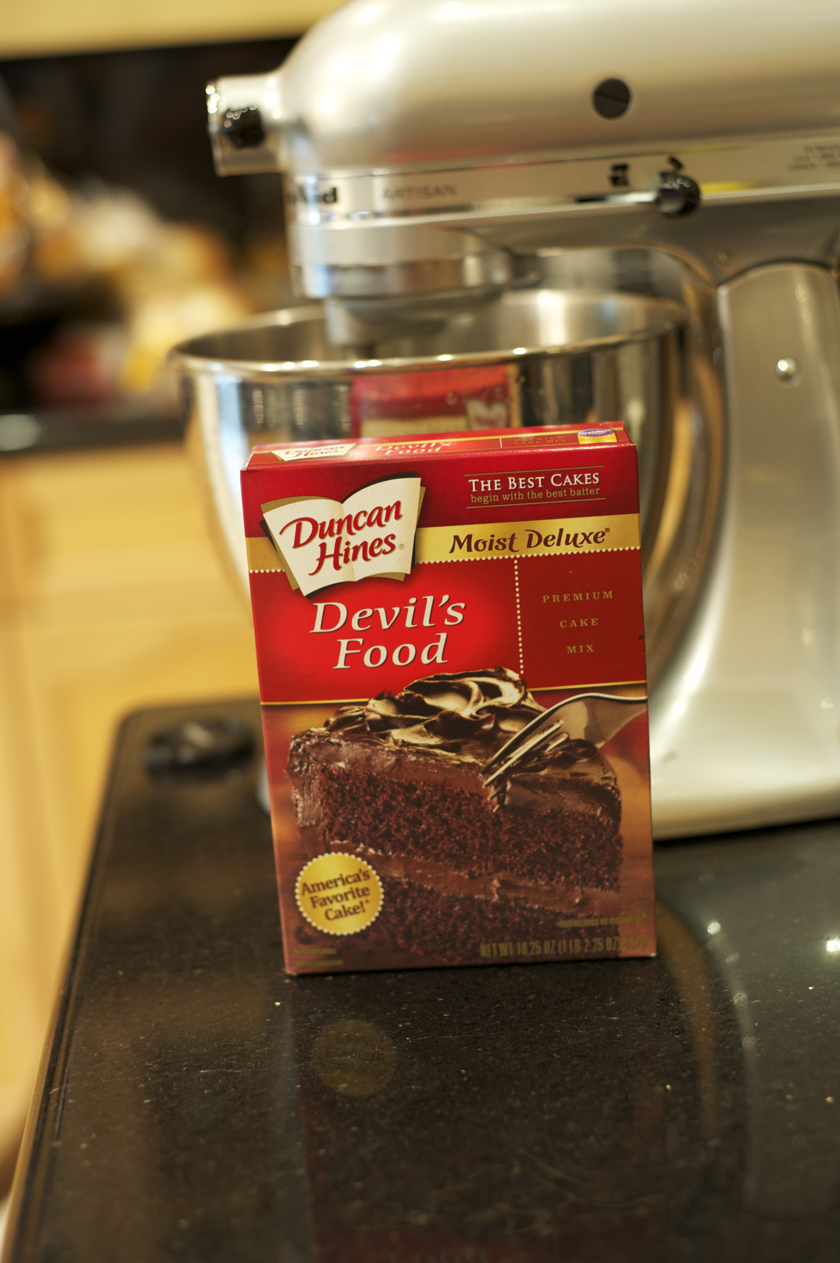 Duncan Hines Devil's food cake